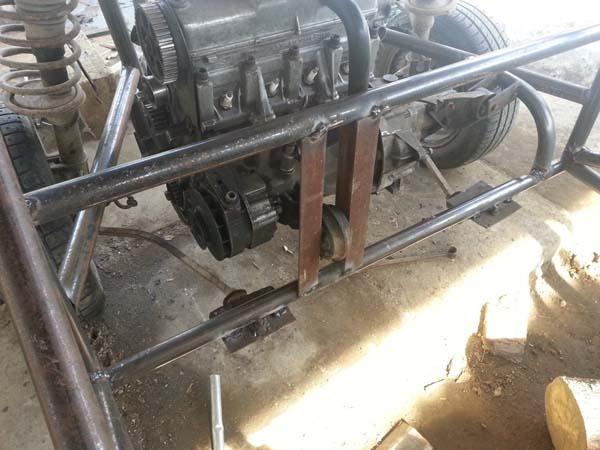 крепление двигателя на багги