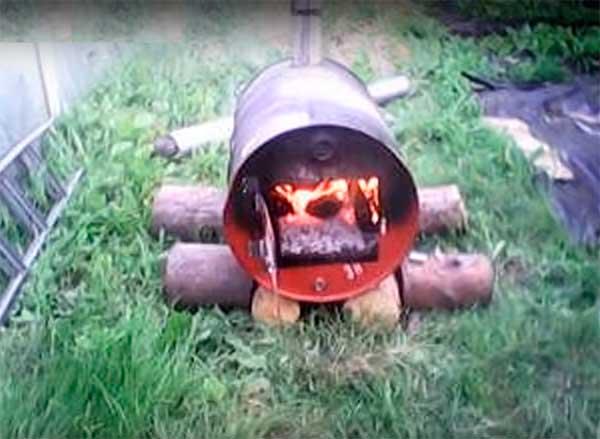 самодельная печь из 200 литровой бочки