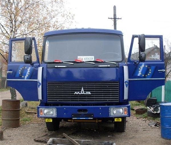 МАЗ-64229 фото