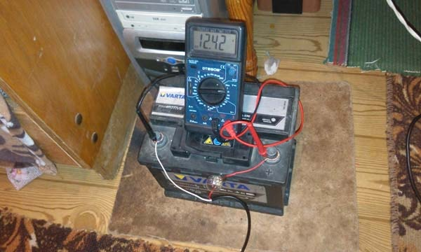 зарядное своими руками для акб 12 вольт
