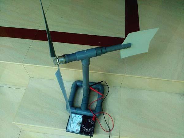 небольшой мини ветрогенератор