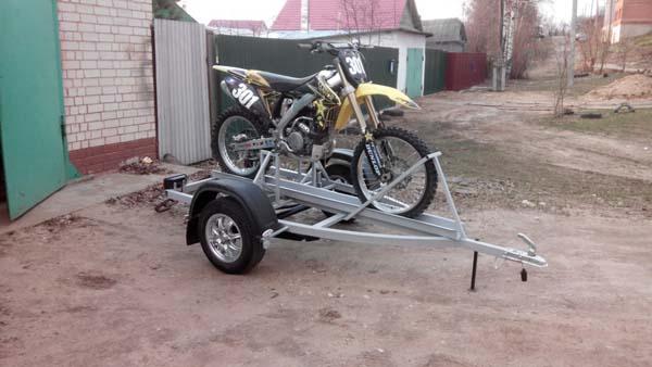 легковой прицеп для мотоцикла