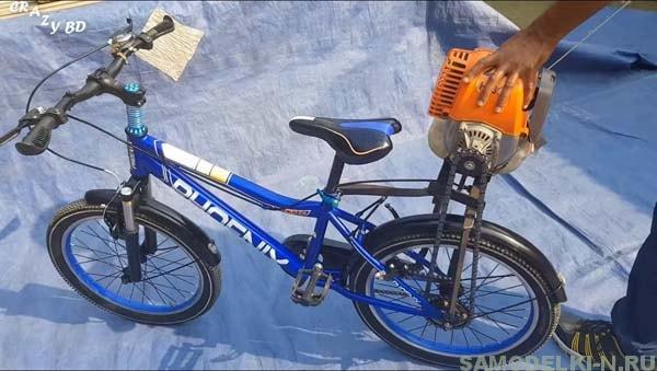 Мопед из велосипеда и триммера своими руками